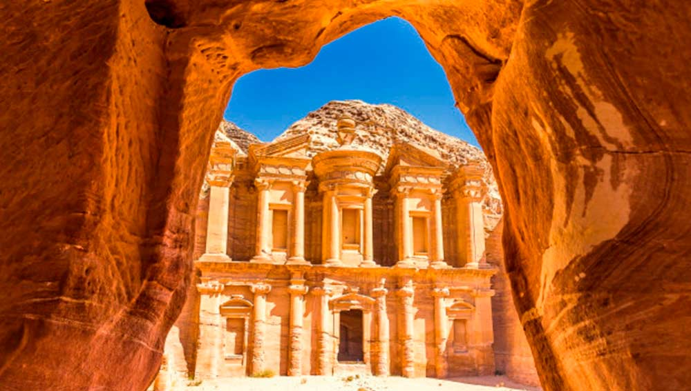 """Ultimate Travel List"" de Lonely Planet."